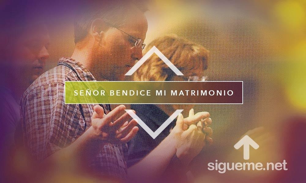 Imagen cristiana de matrimonio unido en oracion