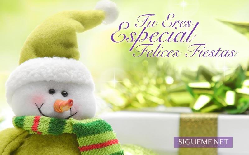 Mu�eco de nieve de Navidad y regalos