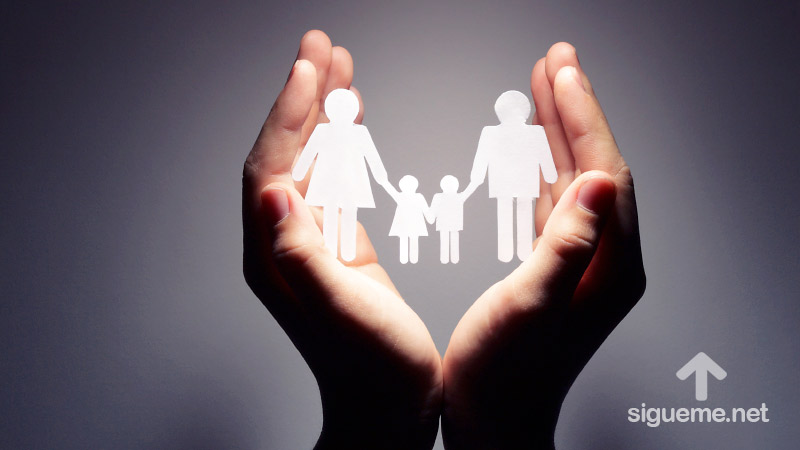 Familia protegida y cuidada por Dios