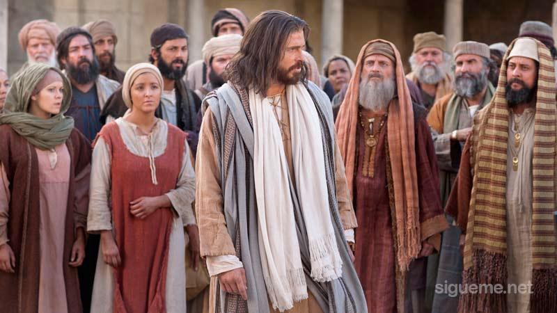 Jesus predicando la palabra de Dios cumpliendo la voluntad de su Padre