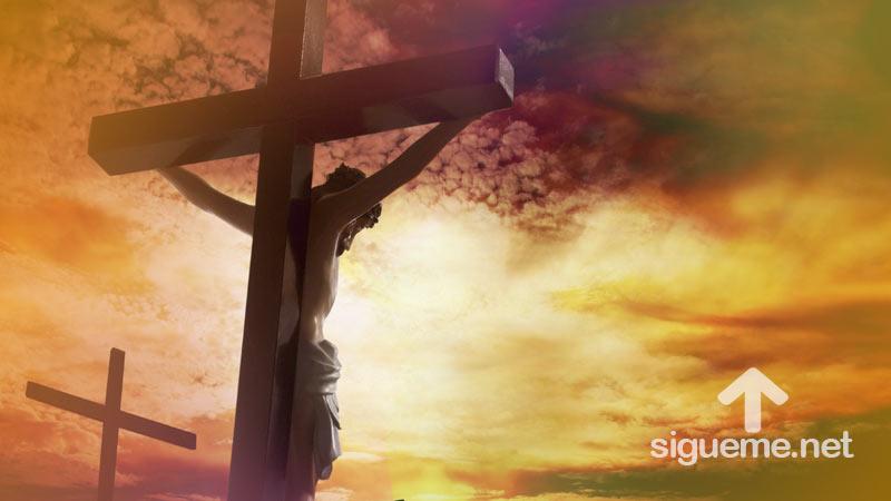 Jesus en la cruz del Calvario en Semana Santa