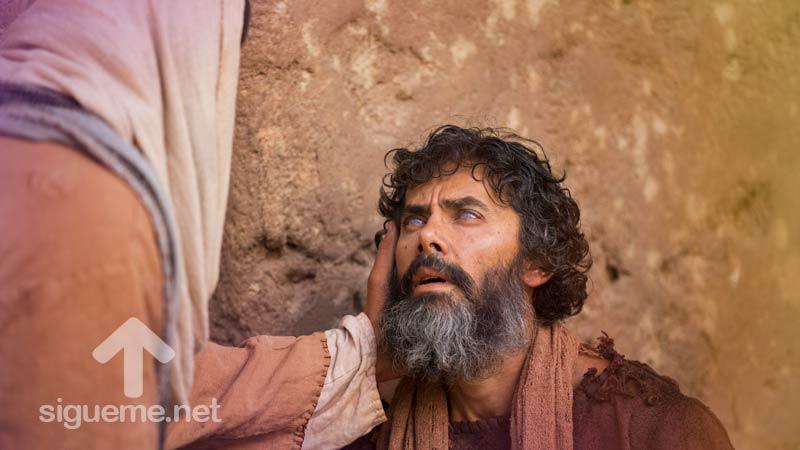 Jesus sana a un hombre ciego de nacimiento