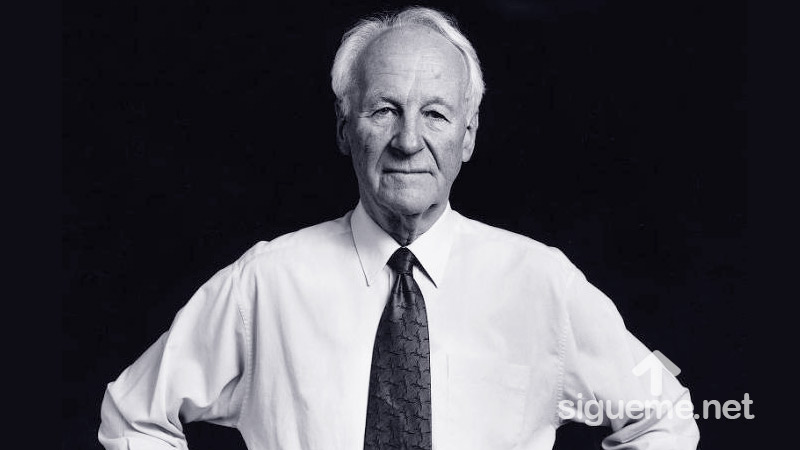 John Stott enseña sobre el cristianismo sin conocimiento de la Biblia