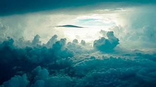 Cielo luz, nubes, Dios, voz de Dios