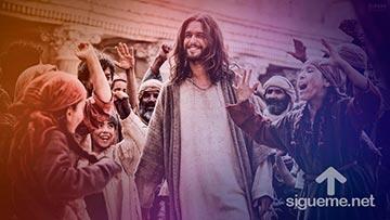 Hosanna al Hijo de Dios, aclamaba la gente a Jesus en su entrada a Jerusalen