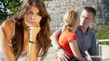 Joven mujer cristiana aun ama a su ex pareja de novio