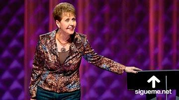 Joyce Meyer predicado su sermon sobre el poder espiritual