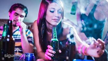 jovenes drogandose