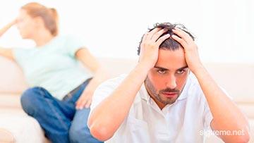 Novio cristiano se cansa de su novia y se toma la cabeza