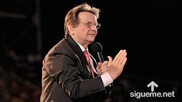 Reinhard Bonnke enseña sobre el Espiritu Santo y el mensaje de Dios